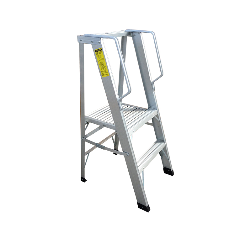 Single-Sided Grade 1A Folding Aluminum Platform Ladder