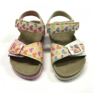 New Style Toddler Girl Foot Bed Sole Comfort Sandal with Glitter Hearts on Upper