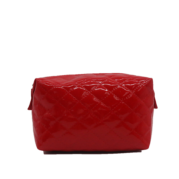 Eco-friendly glossy PU quilted cosmetic bags Featured Image