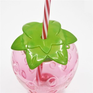 Charmlite Sparkle Plastic Strawberry Cup with LED Function 16oz