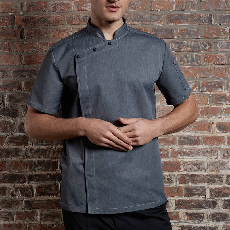 SINGLE BREASTED SHORT SLEEVE HIDDEN PLACKET CROSS COLLAR CHEF COAT FOR HOTEL AND RESTAURANT CU1107D1500A Featured Image