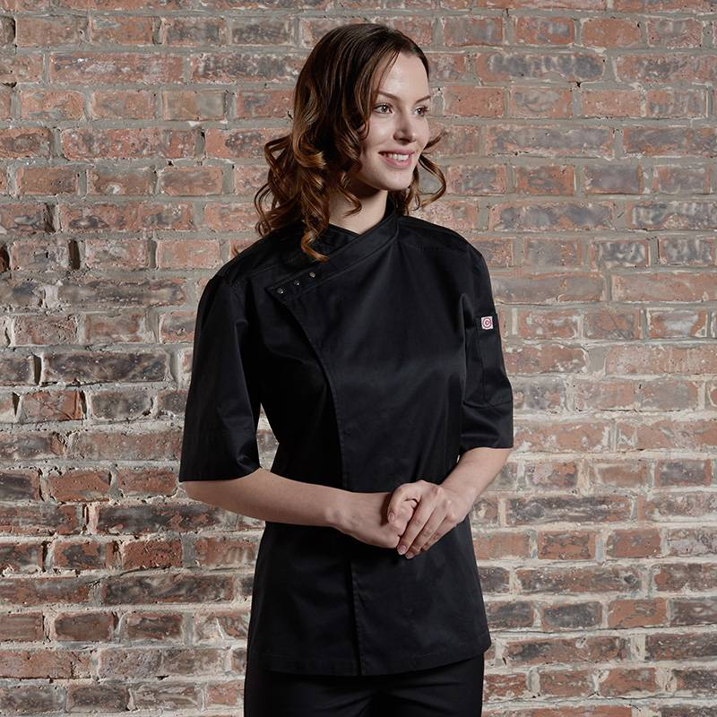 SINGLE BREASTED SHORT SLEEVE HIDDEN PLACKET CROSS COLLAR CHEF COAT FOR HOTEL AND RESTAURANT CU158Z0100E Featured Image