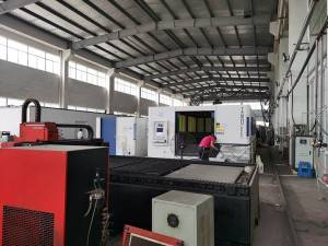 15000W 2500x8000mm Fiber laser cutting machine