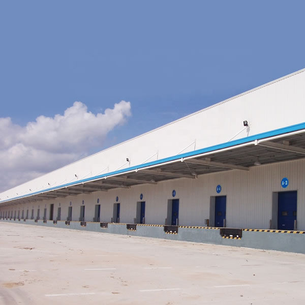 SGS certificated light steel prefab warehouse