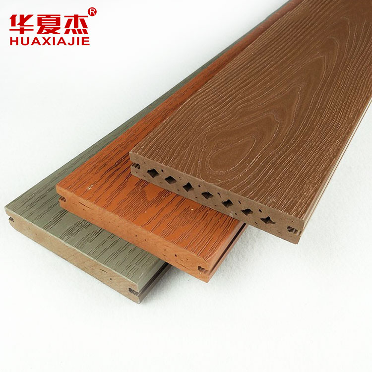 China wholesale outdoor engineered reinforced cellular pvc vinyl flooring deck type prices composite board wpc decking Featured Image