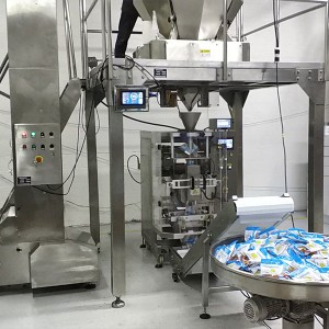 Sticky jelly candy gummy candy vertical packaging machine line