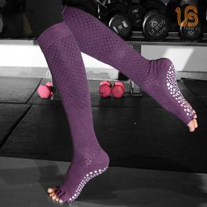 Anti Slip Long Yoga Sock/Womens Non Slip Socks Production wholesaler
