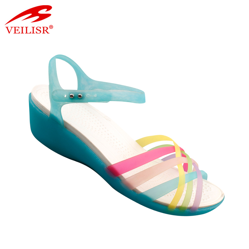 2017 fashion PVC plastic ladies clear jelly wedge sandals