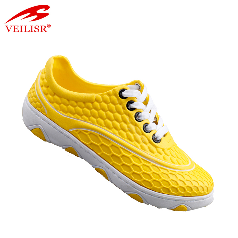 Factory wholesale cheap indoor football boots men EVA clogs shoes