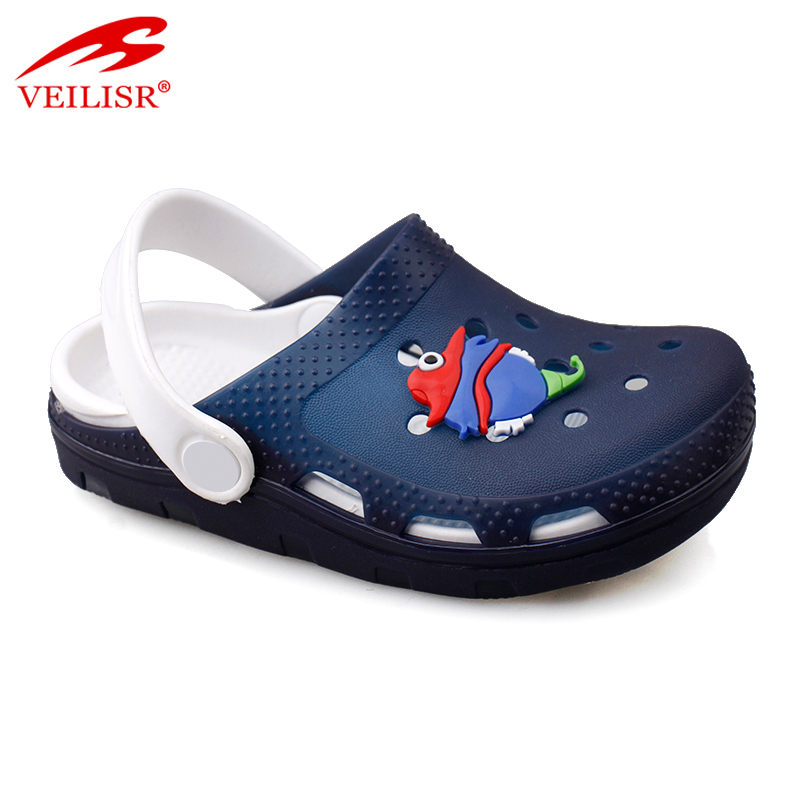 Hot sell jelly PVC children sandals flashing LED light kids clogs