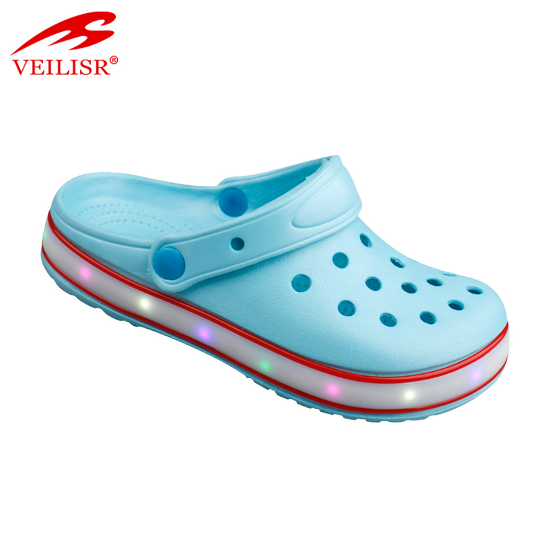 New design outdoor summer children led light sandals kids EVA clogs