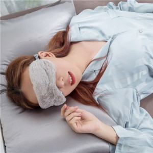 silk pillow case with eye mask set