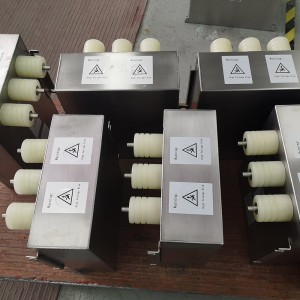 High pulse film capacitor for cable test equipment