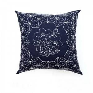 Wholesale embroidery flower design fashion decorative throw pillows for home cushion 511612