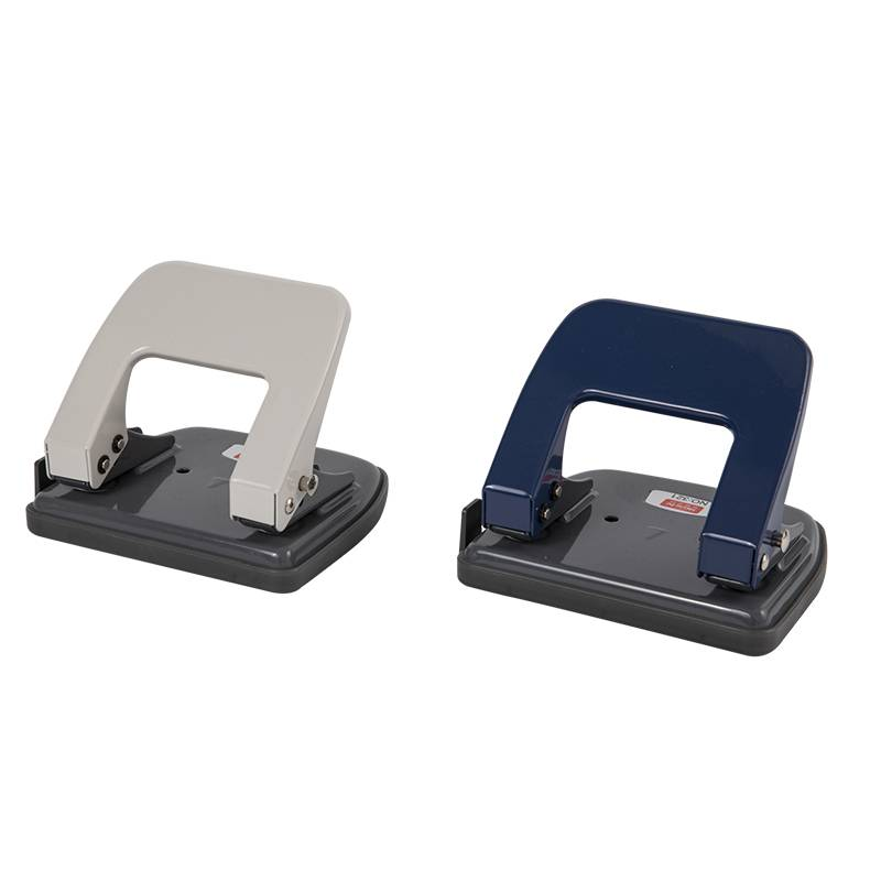 Two-hole punch 321