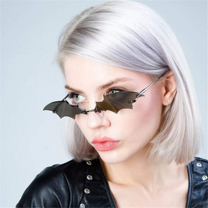 DLL0044 Bat Shape Triangle Small Frame Fashion Sunglasses