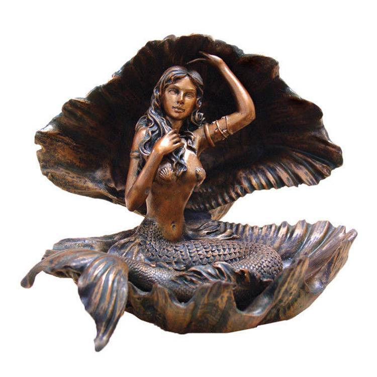 Hot Sale life size beautiful bronze Mermaid  figures Fountain with Holding Shell Featured Image
