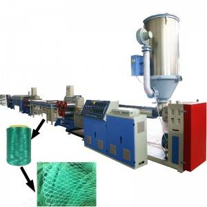 Plastic fishing net filament extruding machine