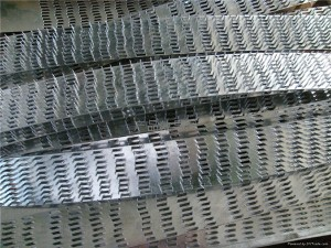 Galvanized nail plate