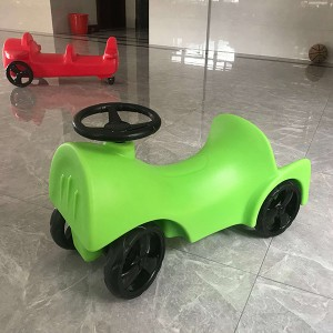 Manufacturers sell children's playground toys plastic children's cars at low prices