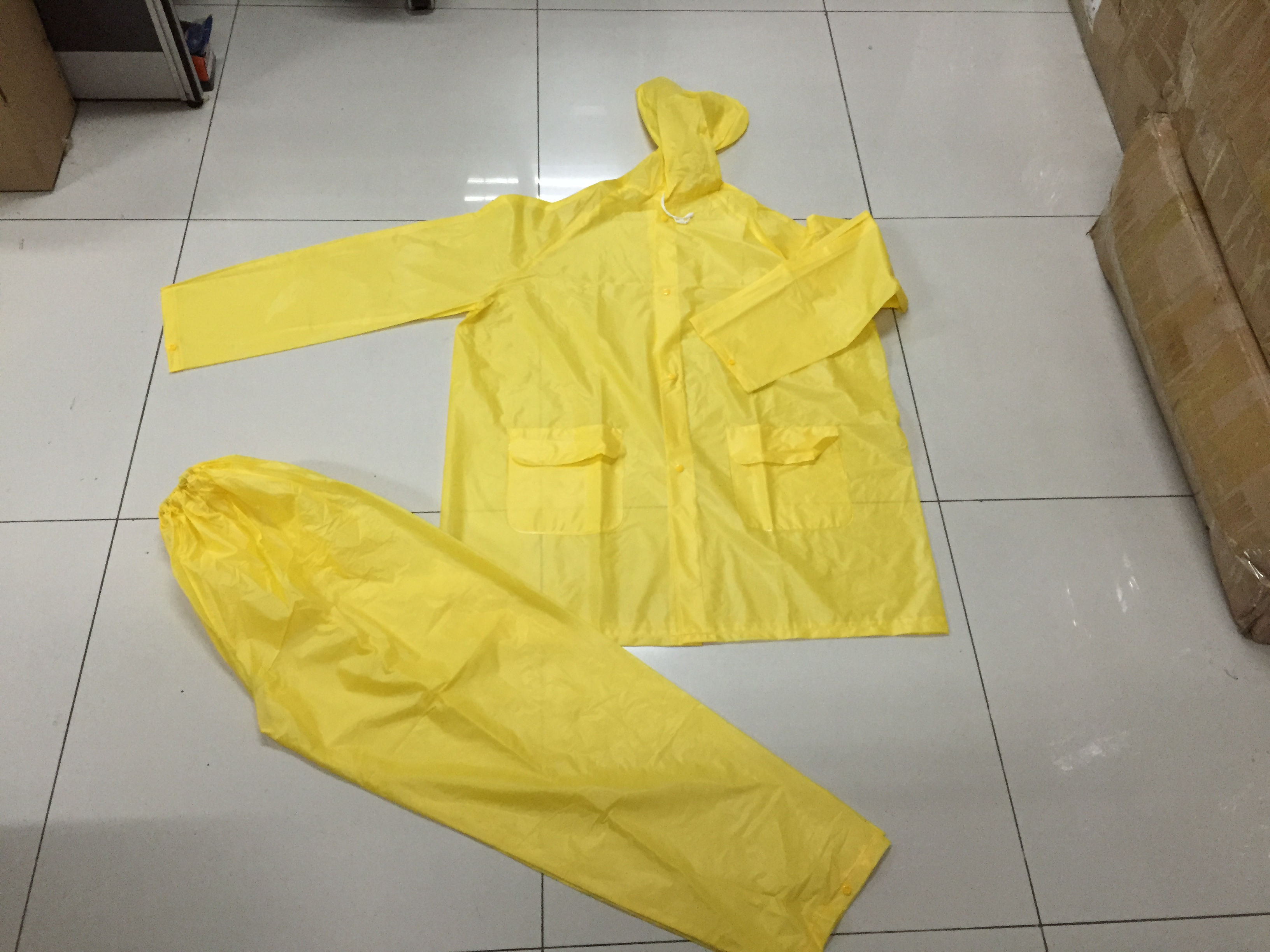 yellow Men Hooded Long Waterproof PVC Rainsuit