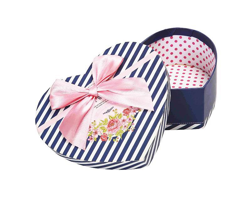 Heart Shape Gift Box with bowknot New Year Gift Box Birthday Present Box Featured Image