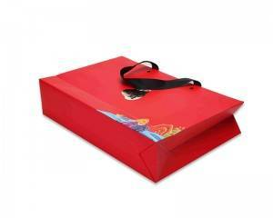 2020 new paper shopping bag gift packaging bag good price