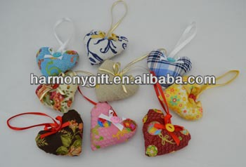 Item 6805 fabric hearts with silk bowknot and button