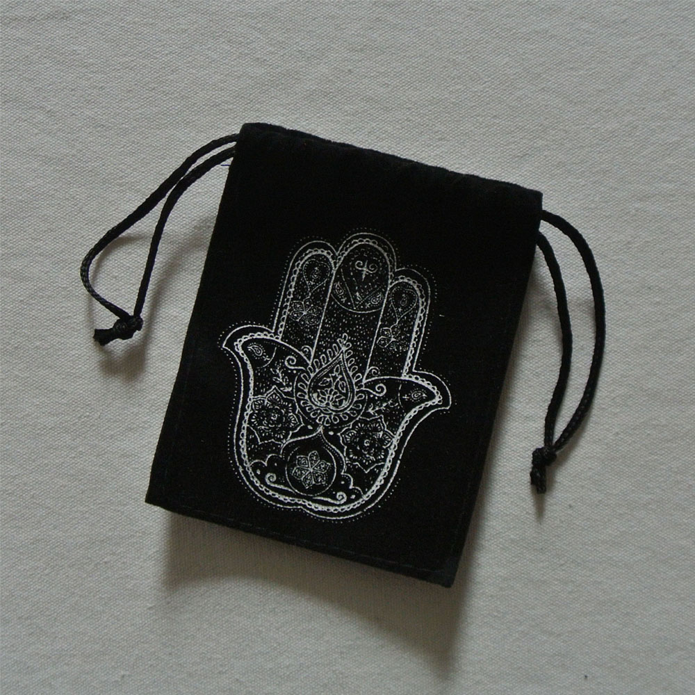natural pebble stone with customized printing designs of hamsa hand black pebbles polish stone