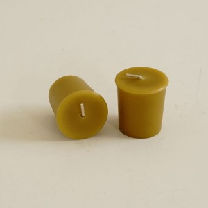 Natural beeswax votive candles