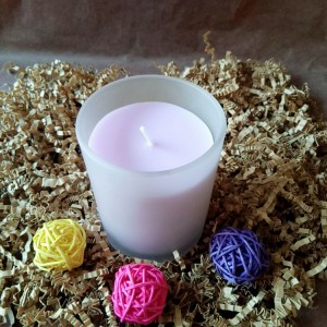 Scented Candle-1 Violet Noir Fragrance Scented Glass 8oz Candle with 100% Organic Soy Wax