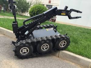 EOD Robot with Intelligent Preset Position Control
