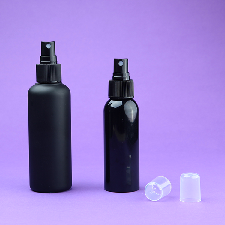 glossy & matte black cosmetic packaging sprayer bottle