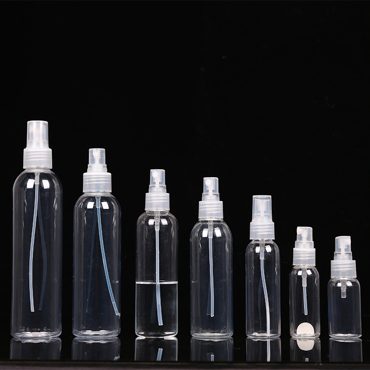 Moisturizers, cleansers and toners spraying clear pet spray bottles