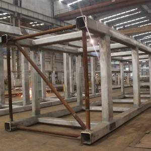 Truss welded by rectangular tube