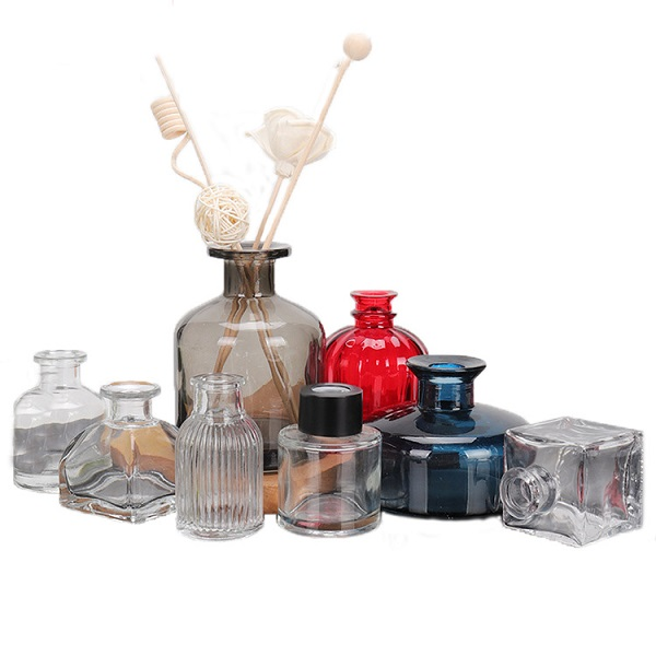 Stained glass aromatherapy diffuser bottles for decoration Featured Image