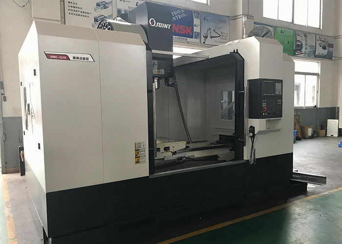 Bed Type Vertical Machine Center , 11kw Spindle Motor CNC Vertical Milling Machine