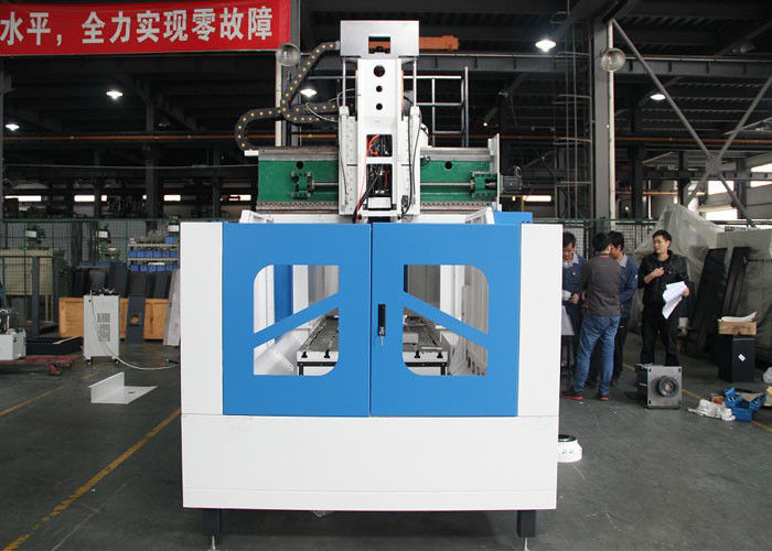 Linear Guide Way Double Column Vertical Machining Center High Rotation Speed Cutting