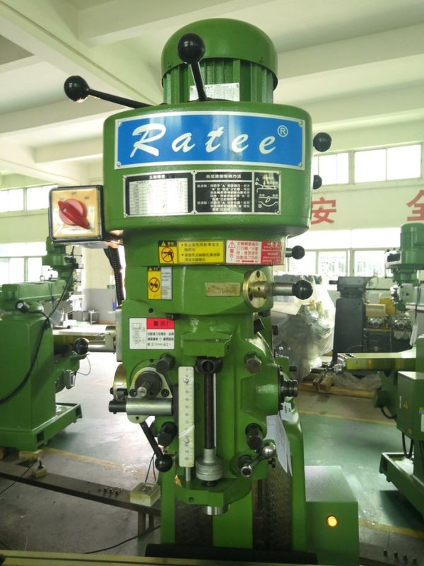 4E Knee Type Gear Head Milling Machine 1500*1700*2150mm Dimension 1400kg Net Weight