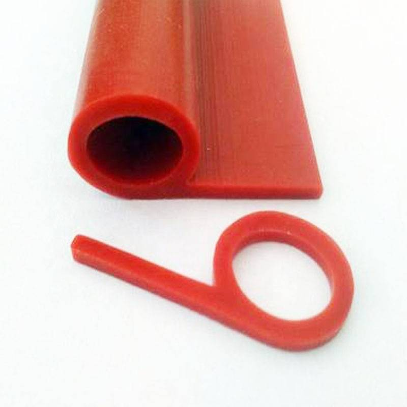 2020 High quality fire resistant silicone rubber foam strip silicone sponge tube Featured Image