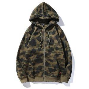 Long Sleeve Zipper Up Men's Hoodie With Allover Camo Printing