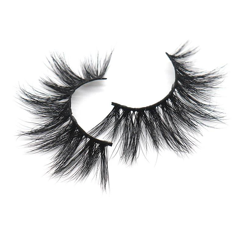 Hot Sale 3D Mink Eyelashes Wholesale 100% Real Siberian Mink Lashes Featured Image