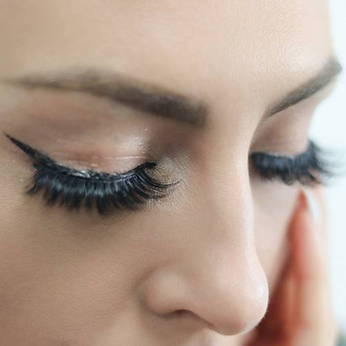 False eyelashes in animal hair and artificial hair, which is better for you ?