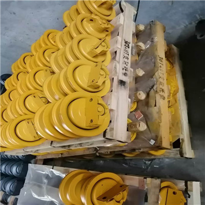 Shantui 160  track roller factory best selling Featured Image