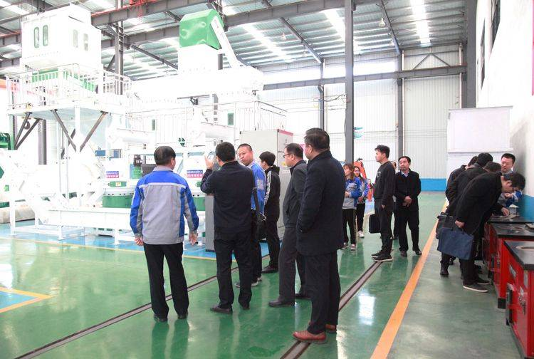 The Political Research Office of Jinan Municipal Party Committee visited Kingoro Machinery for investigation