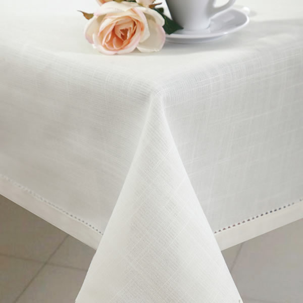 Plain Table Cloth With Ham-Stiching