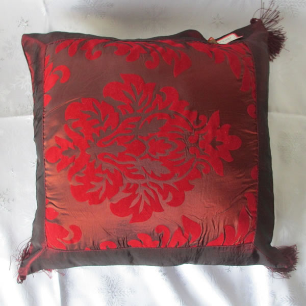 Wholesale Red Jacquard Cushion Cover