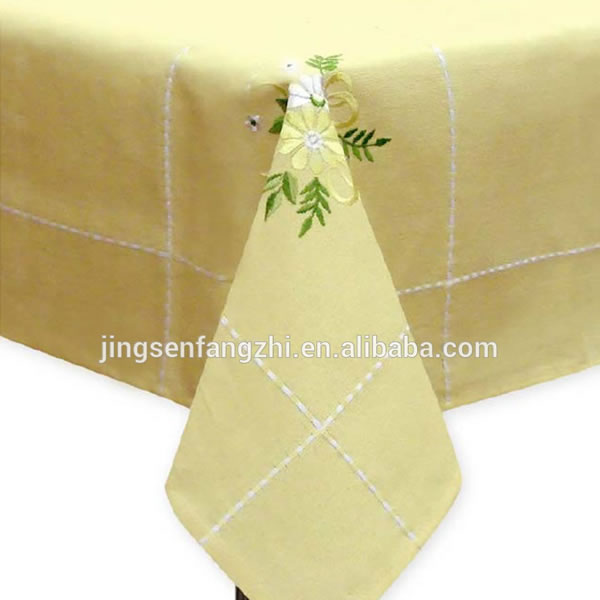 Table Cloth With Beautiful Flower For Easter