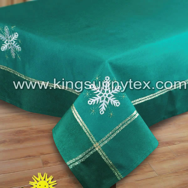 Fitted Table Cloth With Christmas Embroidery