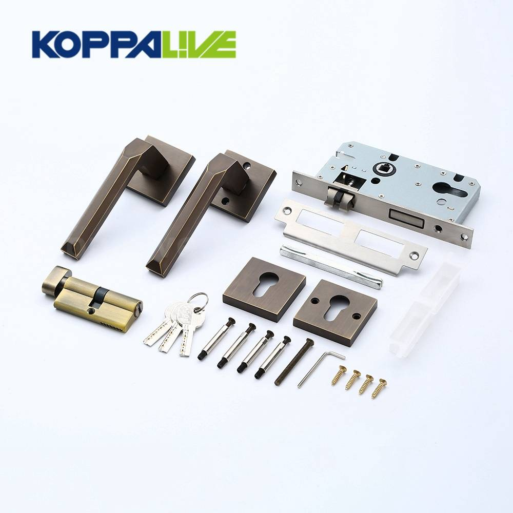 Sample Free Furniture Hardware Bedroom Living Door Handle Brass Square Mortise Lever Door Lock Set